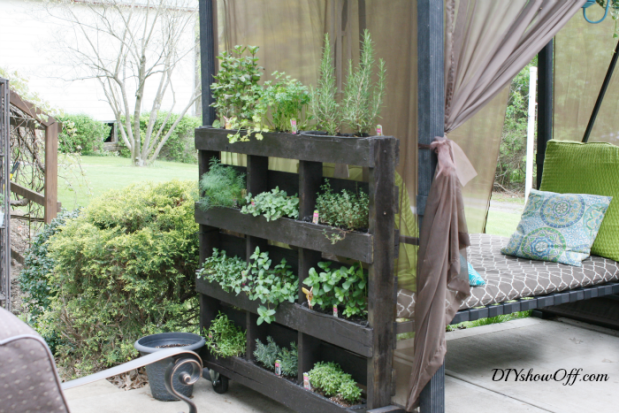 vertical-pallet-herb-garden-2
