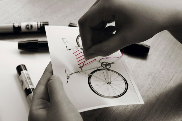reel-elastic-bike-storage-system-designboom08